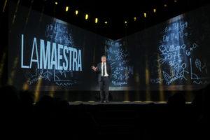 """Riccardo Rossi porta in scena """"Viva le donne! Tutte le donne della nostra vita"""""""