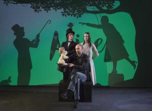 """Il teatro per i più piccoli con """"Alice nel Paese delle Meraviglie"""" e """"Il Principe Ranocchio"""""""