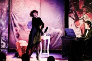 "La Belle Epoque rivive al Teatro Petrolini con ""Femmes"""