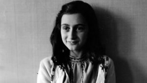 La storia di Anne Frank rivive al cinema attraverso le parole di Helen Mirren