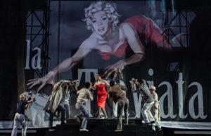 """Al Teatro dell'Opera """"La traviata"""" nell'allestimento ispirato alla """"Dolce Vita"""" di Fellini"""