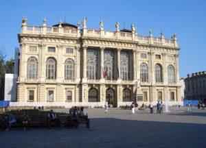 A Palazzo Madama 60 opere raccontano il fascino della Luna