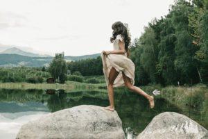 """""""Silent Day"""", un viaggio attraverso i sensi nei quattro elementi"""
