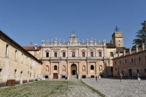Arte ed architettura si sposano indissolubilmente nella Certosa di San Lorenzo