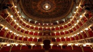 """""""Ditegli sempre di sì"""" in scena al Teatro Carignano"""