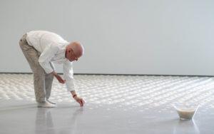 Wolfgang Laib espone le sue opere nel centro storico di Firenze