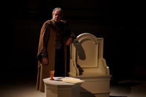 """""""Memorie di Adriano"""" in prima nazionale al Teatro della Pergola"""