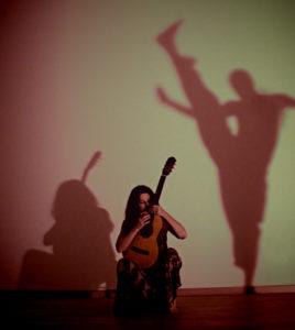 Chiaroscuri in danza al Borgo Medievale di Torino