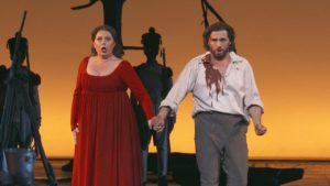 """La stagione inaugurale del Teatro alla Scala si apre con la """"Tosca"""""""