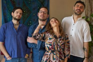 """""""Vieni verso il mio cuore"""", la band partenopea Azul presenta il suo primo EP"""