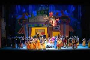 """La Bohème"" in veste giocosa al Teatro Carlo Felice di Genova"