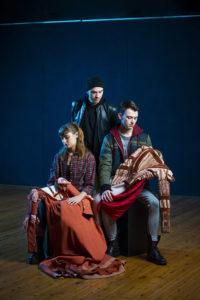 """La compagnia Charioteer Theatre presenta """"Romeo & Juliet (are dead)"""""""