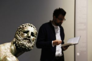 """Giornata Mondiale della Poesia, Gabriele Tinti presenta l'audioguida """"Ruines"""""""