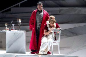 """Il Teatro Carlo Felice propone la """"Tosca"""" nella rivisitazione di Davide Livermore"""