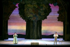 """""""Elisir d'amore"""", il capolavoro di Donizetti incontra l'estro di Lele Luzzati"""