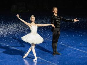 """Il Teatro Digitale dell'Opera di Roma propone """"La traviata"""" e """"Il lago dei cigni"""""""