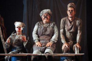 """Commedia ed horror si intrecciano nello spettacolo """"The Long Pigs"""""""