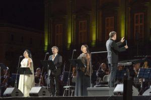 """Straordinario successo di pubblico per """"Aida"""" in Piazza Plebiscito"""