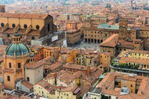 """""""In Chiostro e dintorni"""", a Bologna un'estate ricca di pensieri ed immagini"""