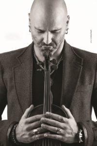 """Il violinista Alessandro Quarta presenta """"Corpus Anima"""" al Parco Archeologico di Scholacium"""