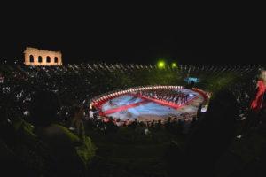 Fine settimana nel segno di Puccini, passione e stelle all'Arena di Verona