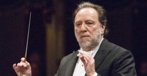 La musica fa vibrare il Teatro alla Scala con un concerto dedicato al personale sanitario