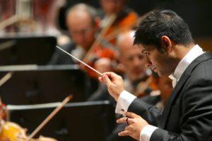 """Alpesh Chauhan torna a dirigere l'Orchestra Sinfonica """"Giuseppe Verdi"""" di Milano"""