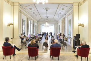 """""""Invito a corte"""", la danza e la musica protagoniste nel Palazzo Reale di Napoli"""
