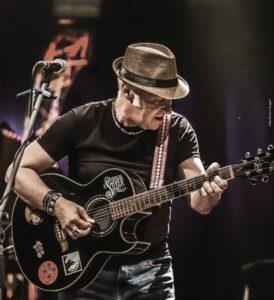 """Il live di Davide Van De Sfroos saluta la sesta edizione di """"Occit'amo Festival"""""""