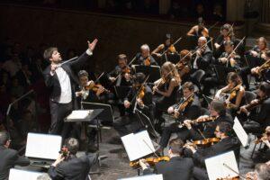 """Il Teatro di San Carlo riapre al pubblico con il """"Titano"""" Gustav Mahler"""