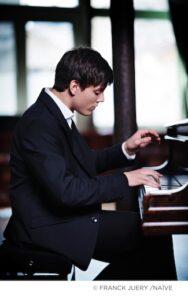 """Aaron Pilsan in concerto a Milano con l'Orchestra Sinfonica """"Giuseppe Verdi"""""""