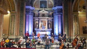 Giuseppe Galiano dirige i giovani musicisti dell'Orchestra Scarlatti Young