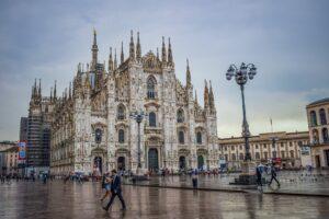 I grandi nomi della moda italiana vestono i protagonisti del Teatro alla Scala