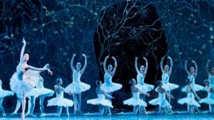 Concerti, gala di danza e lezioni di musica per il progetto online del Teatro San Carlo