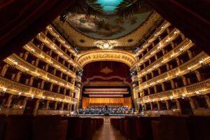 """""""Cosa farai da grande?"""" e """"Signore e Signori all'Opera"""", due nuovi progetti per il Teatro San Carlo"""