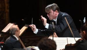 """Il Teatro Regio di Parma inaugura la nuova stagione con la """"Nona Sinfonia"""" di Beethoven"""