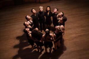 """Il mondo della danza si tinge di noir nella serie """"Tiny Pretty Things"""""""