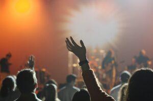 """""""Abbonato Abbandonato"""", ecco l'iniziativa per la ripartenza della musica dal vivo"""