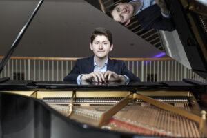 """Il vincitore della 62esima edizione del Concorso Pianistico """"Ferruccio Busoni"""" debutta alla Scala"""