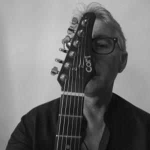 """""""Percorrendo"""" l'universo musicale di Michele Papale. Diario di un'intervista"""