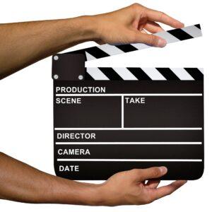 Addio alla censura cinematografica mentre le sale restano chiuse