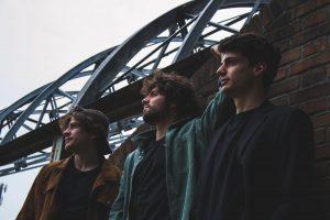 """Cartapesta dà vita a """"Quello che si perde"""", l'ultimo emozionante singolo del giovane trio"""