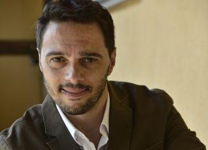 Gino Auriuso, una vita al servizio dell'arte e degli artisti