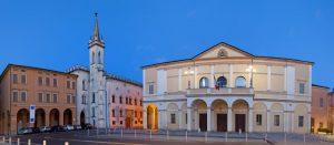 Viaggio tra le stanze della Galleria Parmeggiani e i suoi falsi d'arte
